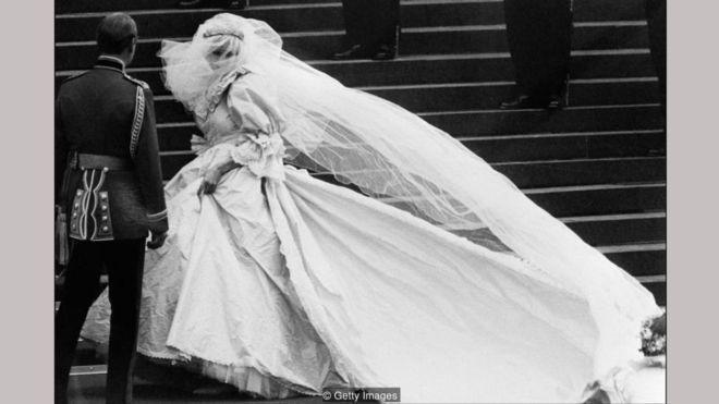 پرنسس دایانا؛ عروس خجالتی در لباس قدرت