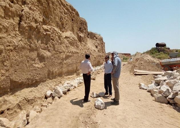 ساخت دیوار حفاظتی در محوطه تاریخی ریوی شروع شد